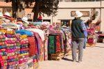 Markt auf dem Dorfplatz