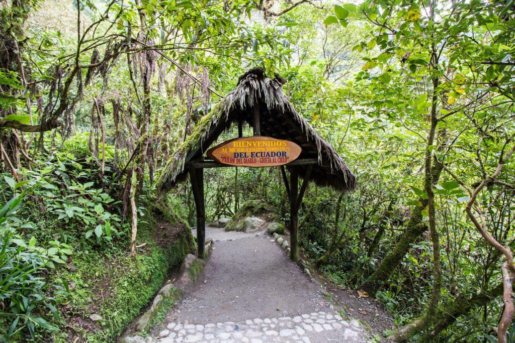 El Pailón del Diablo - das wichtigste touristische Zentrum in Ecuador