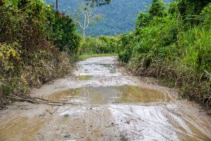 Schlammpiste in Ecuador