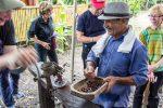 Mahlen der Kakaobohnen