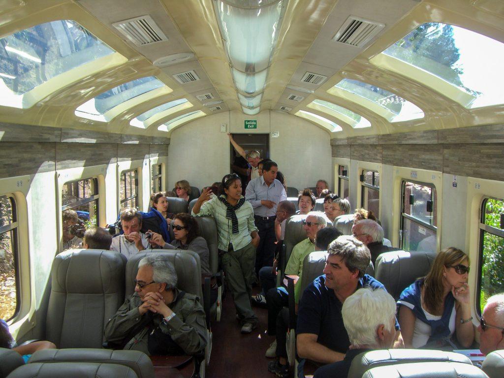 PeruRail: Vistadome hat etwas größere Fenster als Expedition