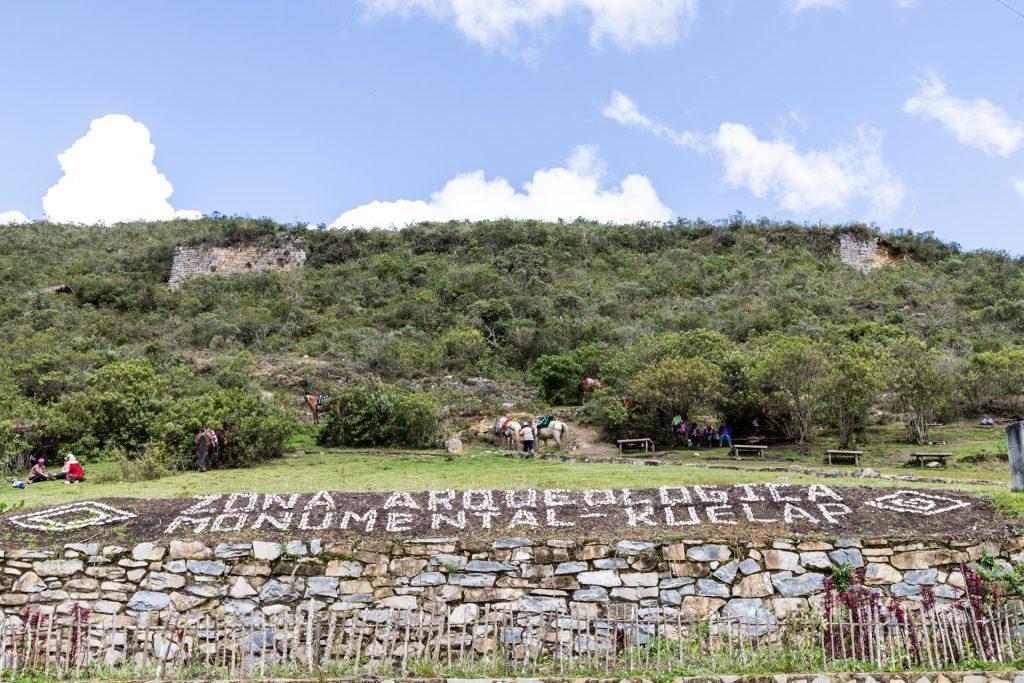 Wenige Meter unterhalb der Festung Kuélap