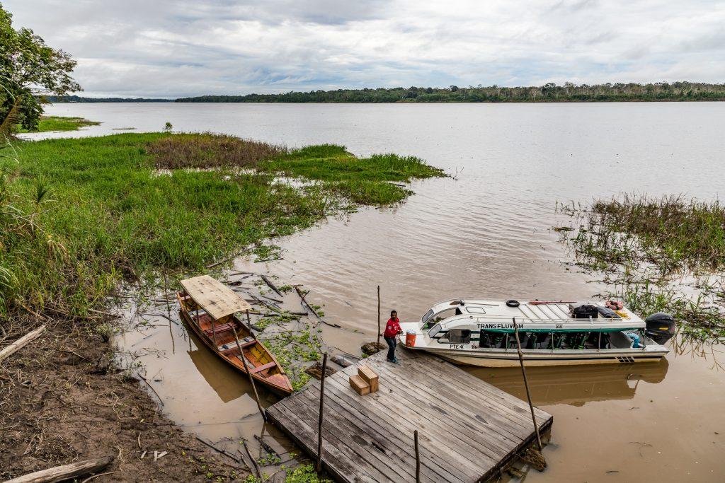 Blick über den gewaltigen Amazonas bei der Calanoa Jungle Lodge