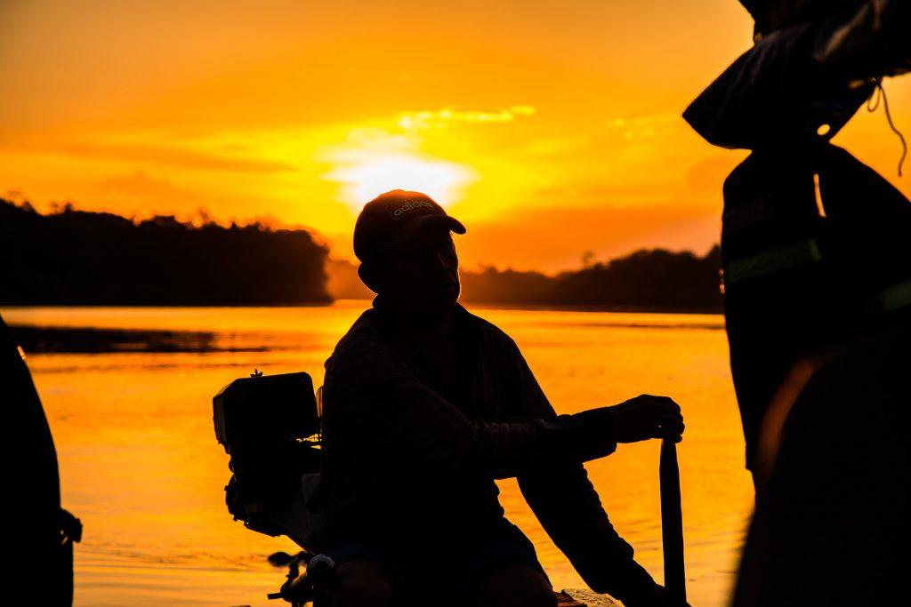 Sonnenuntergang auf dem Amazonas