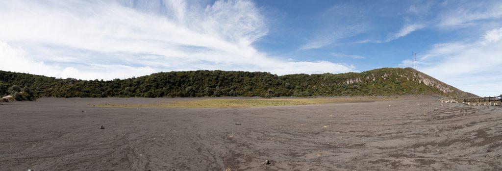 Karge Vegetation auf dem Irazu Vulkan