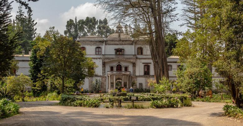 Blick auf die großartige Hacienda La Ciénega