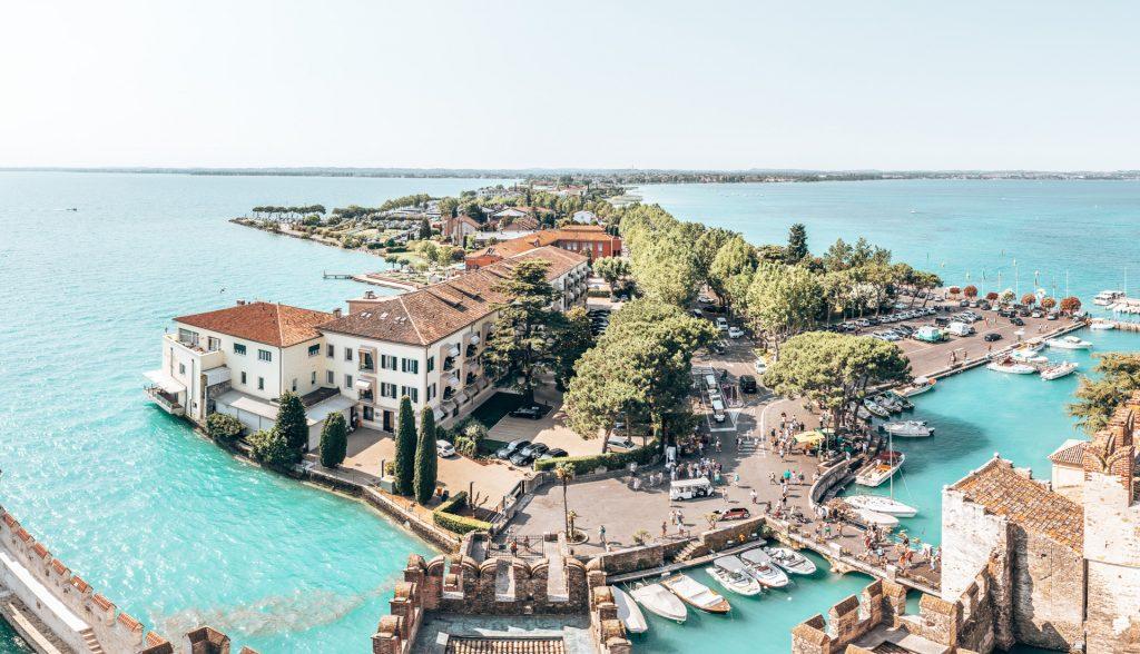 Die Landzunge von Sirmione - einer der schönsten Orte in Italien