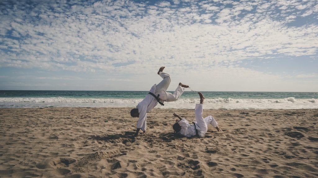Judo am Strand - so wird es nicht langweilig