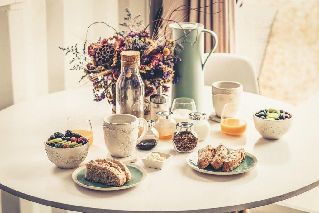 Ein leckeres Frühstück - Pflicht beim Urlaub zuhause