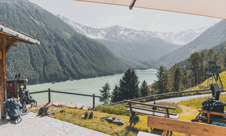 Blick auf den Vernagt-Stausee in Südtirol