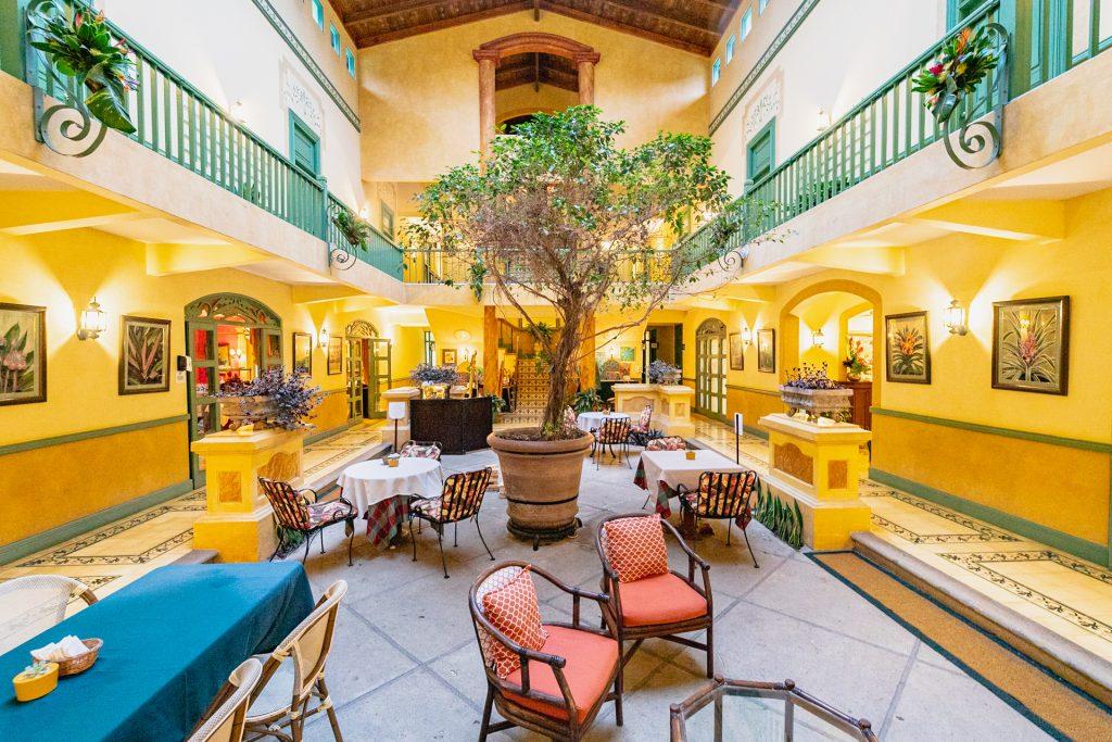 Der gemütliche Innenhof von der Casa Turire
